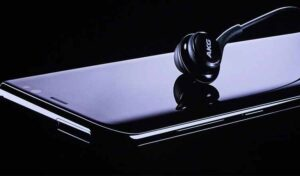 Best Samsung Galaxy S8 and S8 Plus Bluetooth Headphones