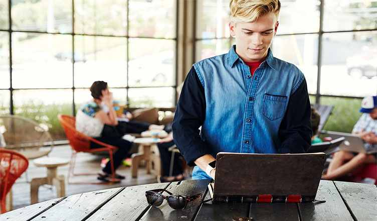 Best MacBook Pro 15 inch Cases