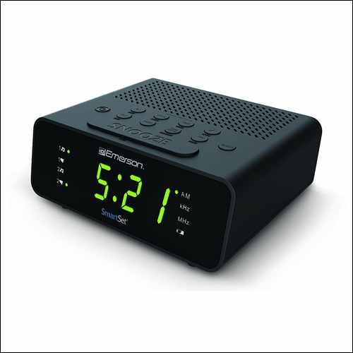 Emerson CKS1800 SmartSet Alarm Clock Radio with FM Radio
