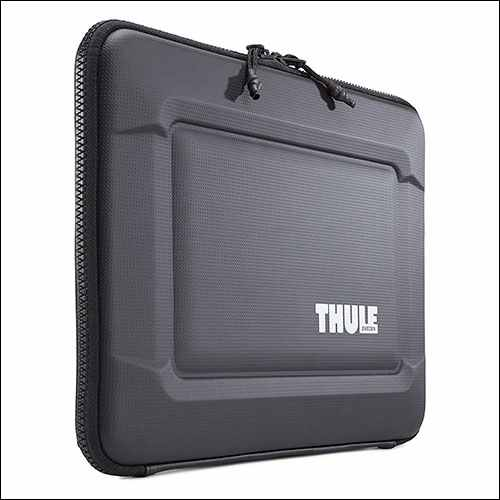 Thule Gauntlet 3.0 MacBook Pro Sleeve