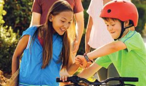 Best Fitbit for Teenagers and Kids
