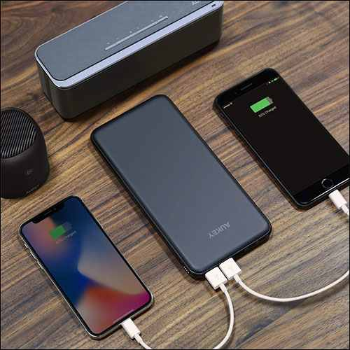 AUKEY Slim Portable Charger for iPhone